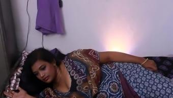Ινδικό. XXX βίντεο