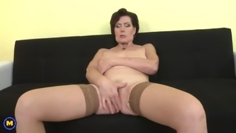 Ebony καουμπόισσα πορνό